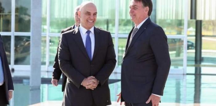 Após ataques ao STF, Bolsonaro e Alexandre de Moraes marcam encontro